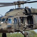 Rengeteg katona érkezik a budaörsi repülőtérre
