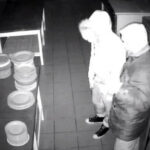 Egy szentendrei hotelből loptak, őket keresi most a rendőrség