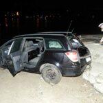 Halálos baleset: A Dunába gurult egy autó a kompkikötőnél