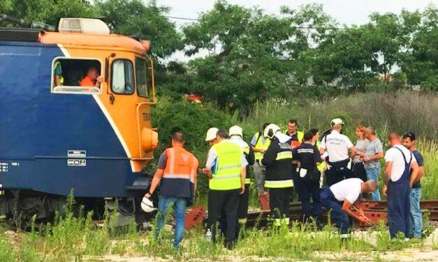 Halálra gázolt a vonat egy embert, a környéken késnek  a vonatok