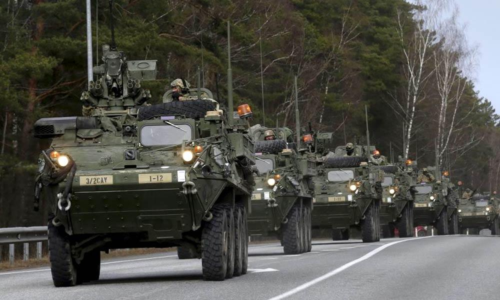 Figyelmeztetést adott ki a honvédség: katonai konvojok vonulnak az agglomerációs autópályákon