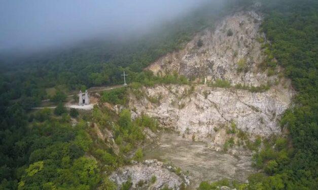 Valósággal fellázadtak Pilisvörösváron és környékén egy kőbánya újranyitása miatt (Videó)