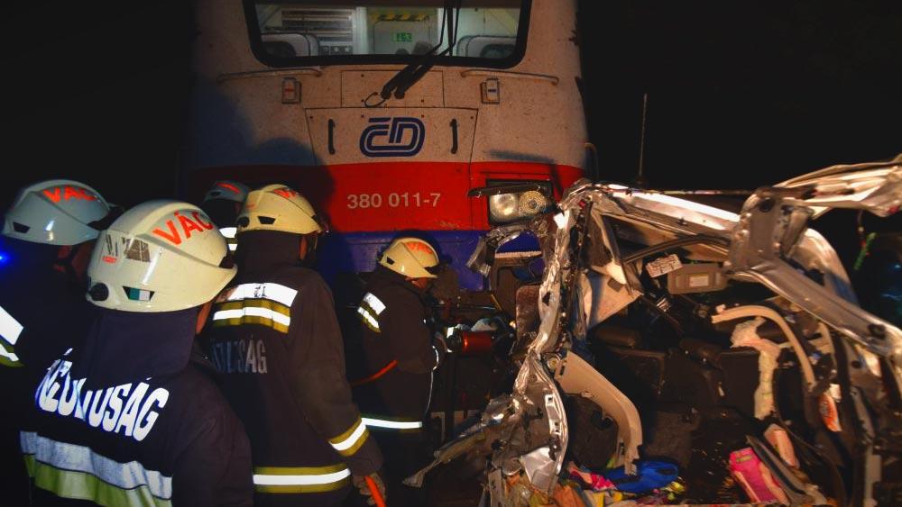 Döbbenetes fotók: Ismét dél-koreaiak haltak meg egy balesetben