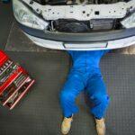 A saját autója nyomta agyon a férfit, a fia végignézte apja haláltusáját