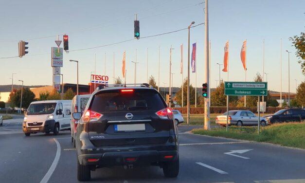 Stoptáblát Budakeszi elé! Útlezárással tiltakoznak a dugók ellen