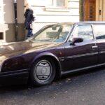 Eladó egy befolyásos politikus autója az agglomerációban