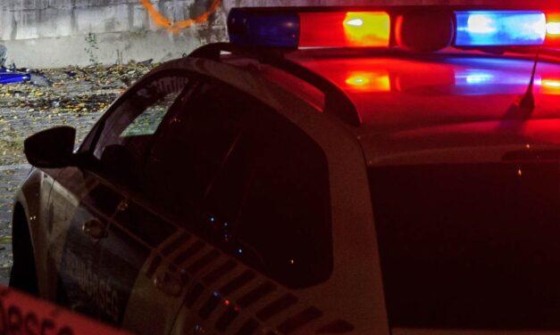 Lopás közben esett az autó a dunakeszi tolvajra