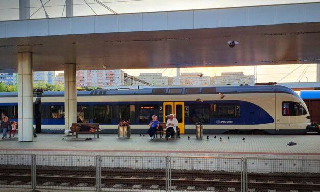 Káosz a MÁV-nál: akár 100 percet is késhetnek egyes vonatok