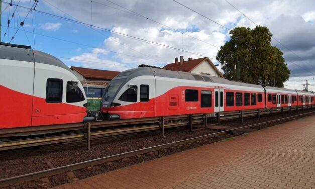 Elsodort egy embert a vonat Monor és Üllő között, késések vannak a környéken