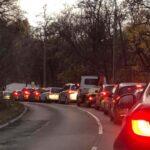 Órák óta áll a forgalom a Budakeszi úton