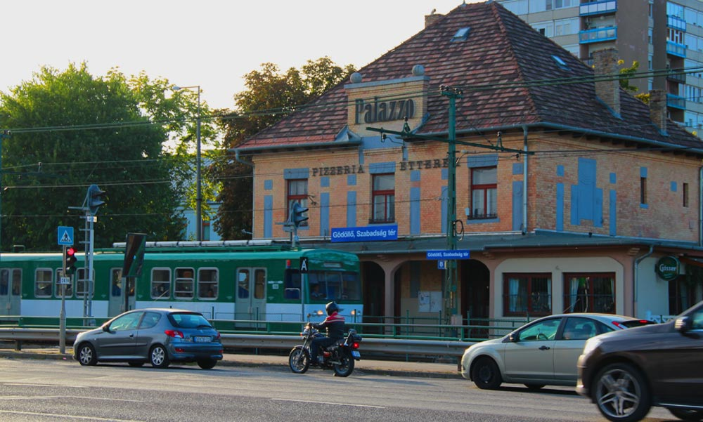 Kényelmesebben szállhatnak át a Gödöllő irányából utazók