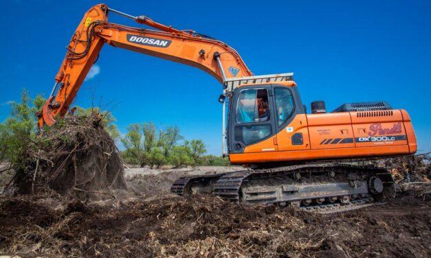 Balhé a természetvédőkkel: Valamit építenek a Forma-1-es Baumgartnerék a budai oldalon