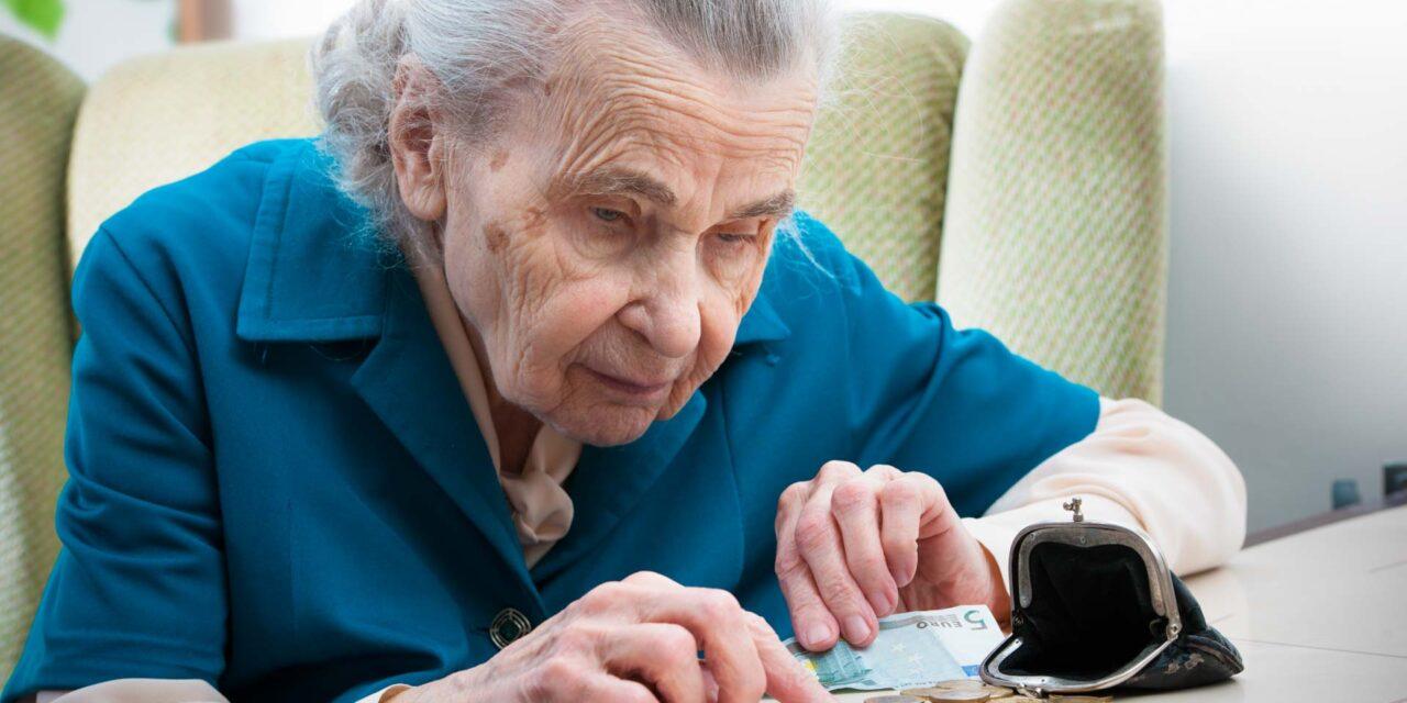 Elárulták a nyugdíjasok, mennyi pénz kell nekik a megélhetéshez