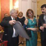 Áder János együtt vacsorázott a sziámi ikreket szétválasztó orvosokkal