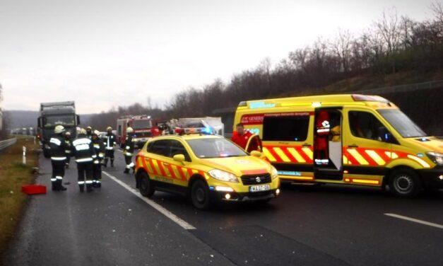 Súlyos baleset az M6-oson, Érdnél