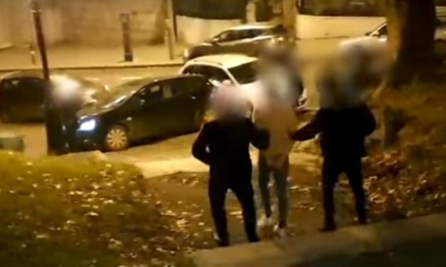 Fegyveres rablás közben fogták el a jómódú fiúkat, egy ismert sebész gyermekét is letartóztatták, most vége a nyomozásnak, vádat emelnek ellenük