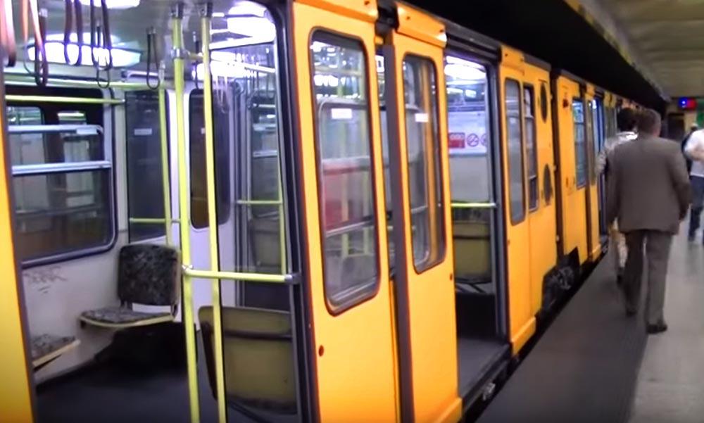 Döbbenet a metróban: A hátizsákos pasas egyszer csak odaállt az utas elé és elővette a…