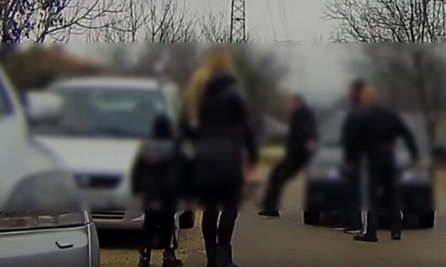 Szamurájkardos támadás az agglomerációban! Az áldozat nekiesett az autónak