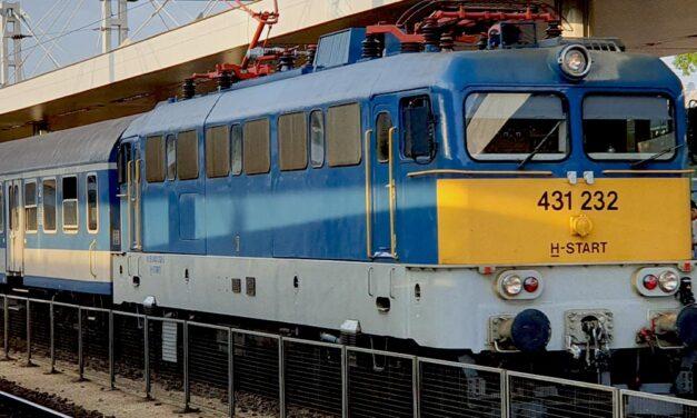 Meghalt egy utas a miskolci InterCityn, Pécelen maradt a vonat
