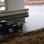 A Dunába csúszott egy Opel Dunaharasztinál, a nagymarosi révnél korábban nagy tragédia történt