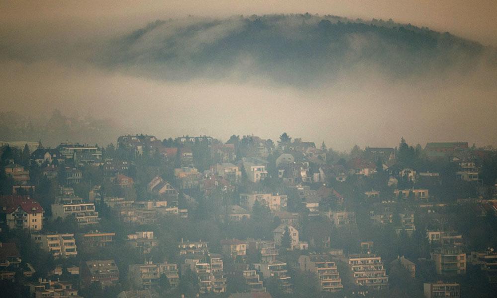 A köd miatt a teljes agglomerációra figyelmeztetést adtak ki