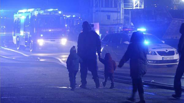 Óbudai tűz: súlyos állapotban van egy férfi