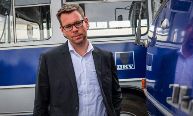 Újra a BKK élére kerülhet Vitézy Dávid, aki továbbra sem rajong az autókért