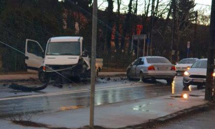 Torlódás, forgalomleállítás – több baleset nehezíti az agglomeráció közlekedését