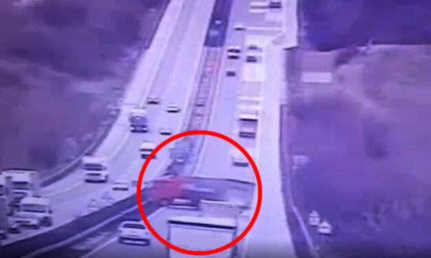 Döbbenetes videó, az M1-esen keresztbe fordult kamion balesetéről