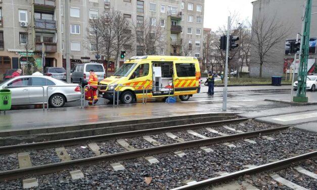 Két gyalogost gázoltak el Budapesten: egy 62 éves nő meghalt