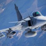 Riasztották a Magyar Honvédség Gripenjeit egy utasszállító miatt