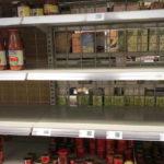 Üres polcok Budapesten és környékén, itt a bevásárlólista karantén esetére