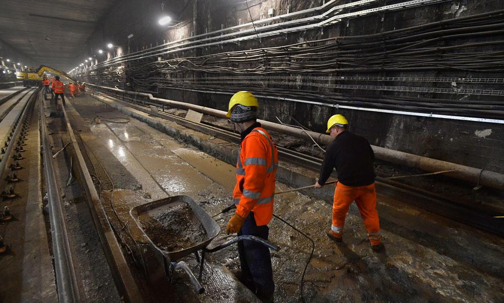 Itt a nagy bejelentés! Indul az M5-ös metró fejlesztése, forradalmi változások lesznek a HÉV-nél