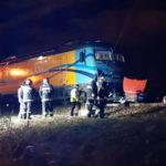 Döbbenetes baleset: Széttrancsírozta az autót a gyorsvonat Vecsésnél