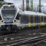 Halálra gázolt a vonat egy gyalogost – késnek a szerelvények