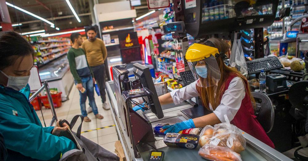 Változik az Aldi, Lidl, Spar, Auchan és Tesco üzleteinek nyitvatartása, de nemcsak az ünnepek miatt lesznek másképp nyitva a boltok