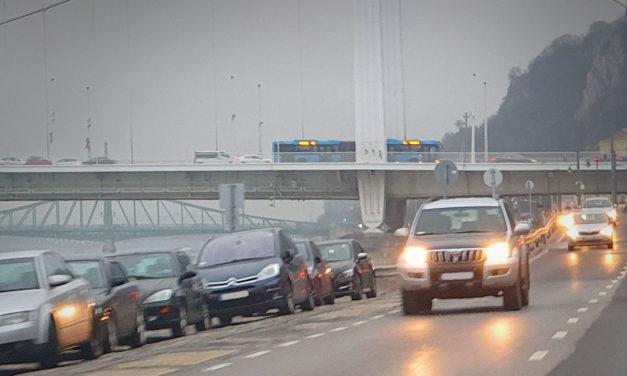 Ingyen parkolást kér a Fidesz Karácsony Gergelytől
