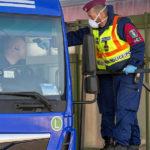 Koronavírus: szigorítja a határátlépést a kormány