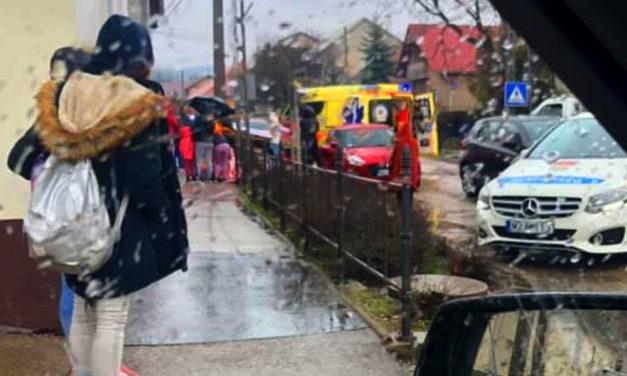 Egyszerre két gyermeket ütöttek el a zebrán Pátyon