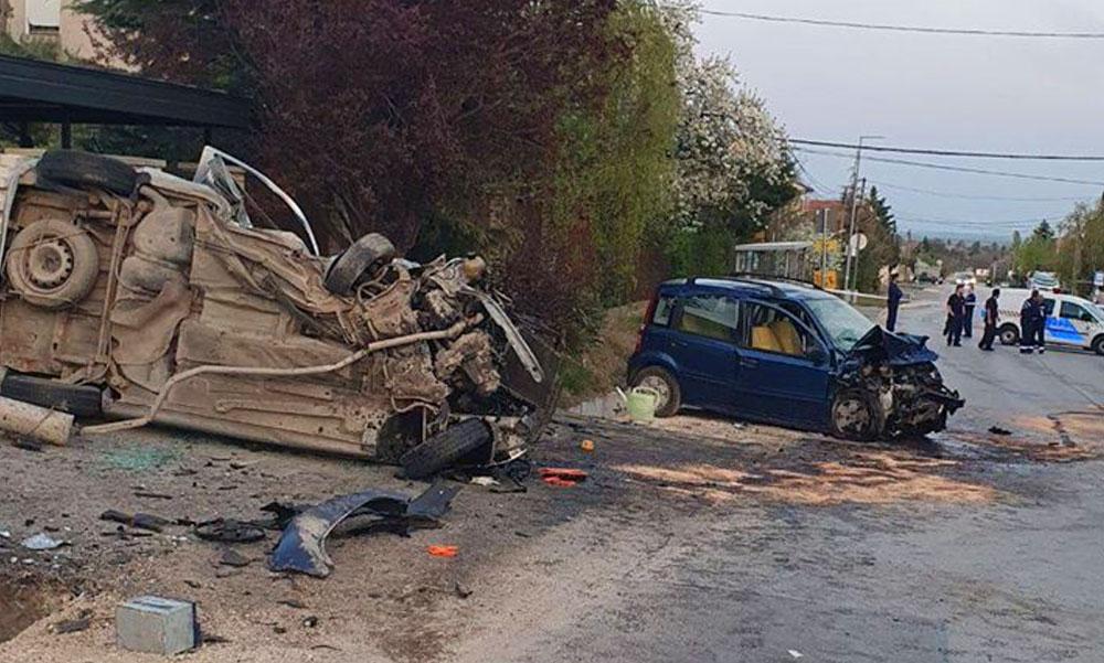 Halálos baleset Érden – az egyik autót a kapubejáró állította meg