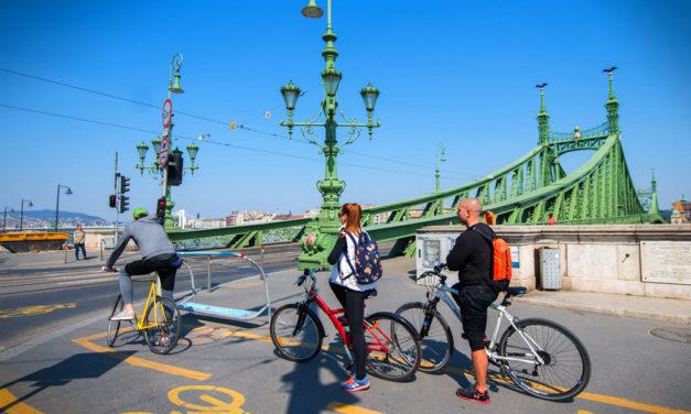Bringasztrádákat akarnak Budapesten, szélesebb útfelületek, biztonságosabb kereszteződések lesznek