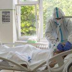 Brutális adatok: 6 ezer felett a koronavírussal kórházban kezeltek száma, több mint 622-en vannak lélegeztetőgépen, sms-ben jön az oltási értesítés