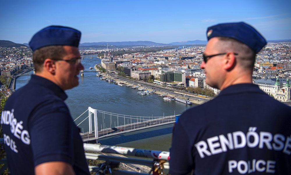 Vége! Megszűnik a kijárási korlátozás Budapesten