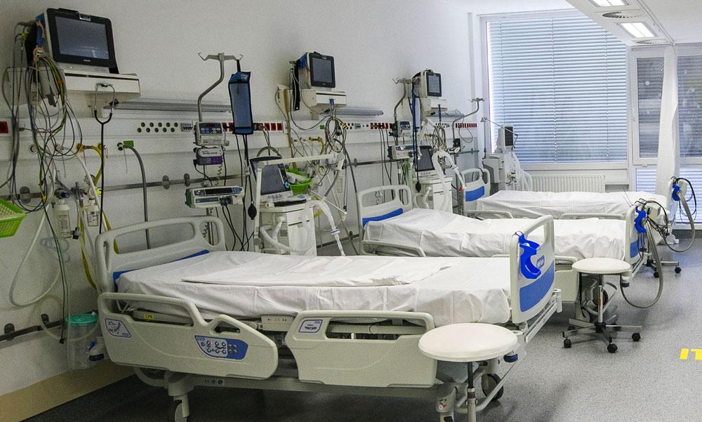 Koronavírus: vasárnap 151 beteg halt meg, a múlt héten 6 nap alatt 872-en vesztették életüket a járvány miatt Magyarországon