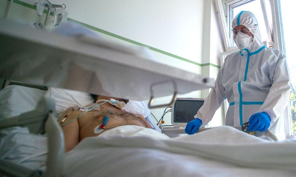 Újabb 8 halott és már 1310 koronavírus fertőzött van Magyarországon