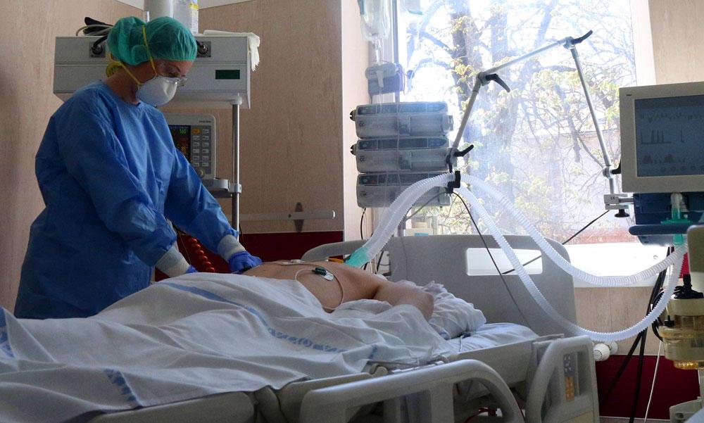 29 koronavírusos beteg van lélegeztetőgépen