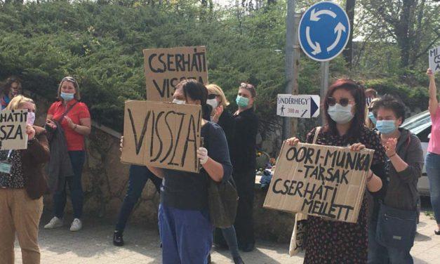 Orbán Viktortól kérik a rehabilitációs intézet dolgozói, hogy bírálja felül Kásler Miklós döntését