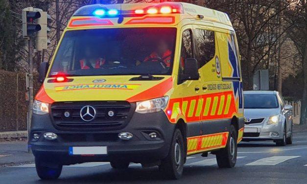Őrjöngve támadt a kórházi dolgozókra a tökrészeg kamaszlány Vácon