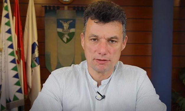 Megszavaztatja a polgármester a helyieket: legyen tűzijáték augusztus 20-án Dunakeszin?