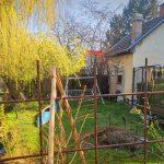 Botrány! Sufnikkal zárják el a lakóparkosok elől a Dunapartot